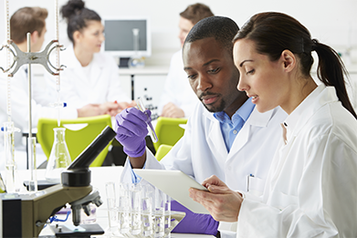 File:Lab workers - LabCareers.png