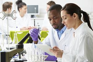 Lab workers - LabCareers.png